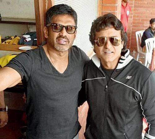 Suniel Shetty (left) and  Armaan Kohli