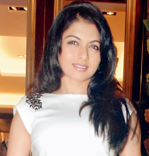 Bhagyashree's in-laws were  robbed from their Juhu home