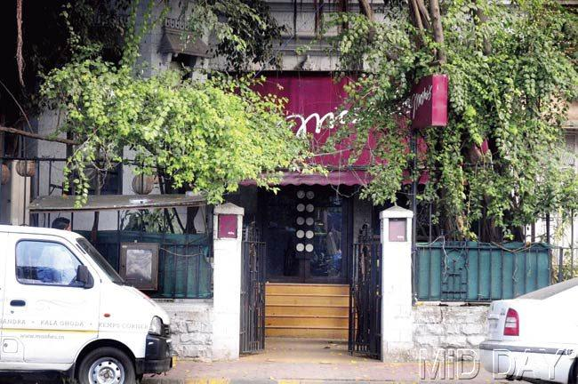 Cafe Moshe's in Cuffe Parade where the incident took place. Pic/Bipin Kokate