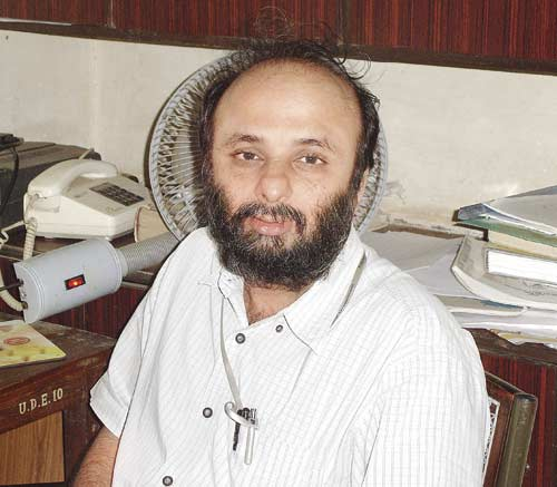 Dr Neeraj Hatekar is a professor of Econometrics at the Economics department of Mumbai University. Pic/Datta Kumbhar
