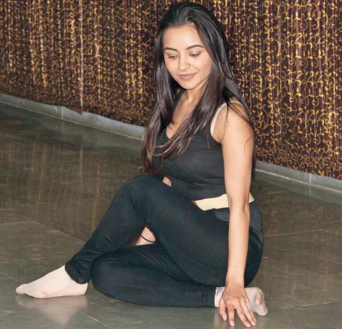 Actress Nikkisha Ranwala