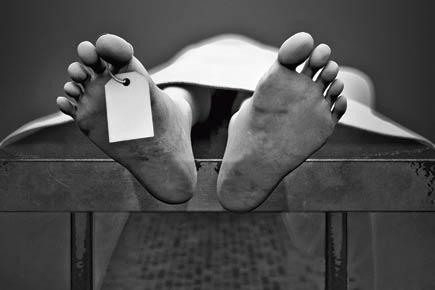 Mysterious death! Man found dead inside his car in Delhi