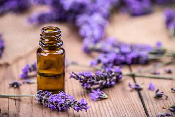 These essential oils are absolutely essential for your skin during summer