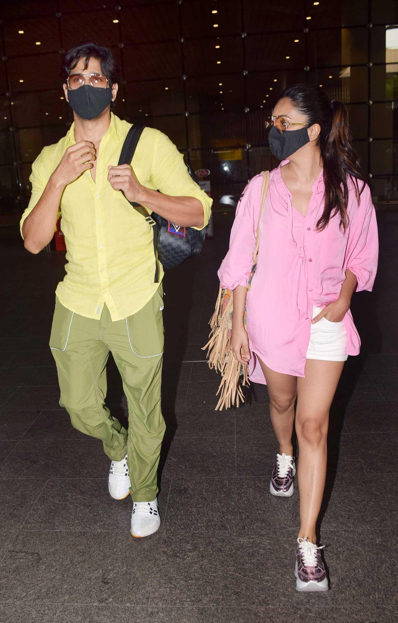 Sidharth Malhotra and Kiara Advani clicked together at Mumbai airport